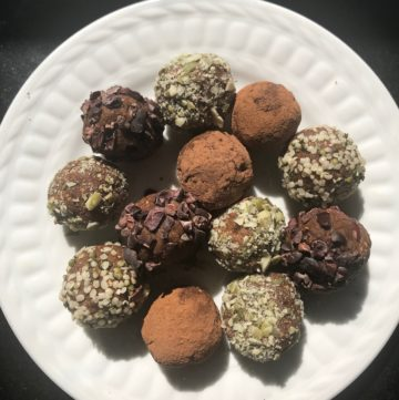Pumpkin Spice Bliss Balls. Vegan and Gluten-free