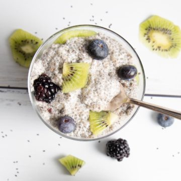 Vanilla Chia Pudding with berries and kiwi.