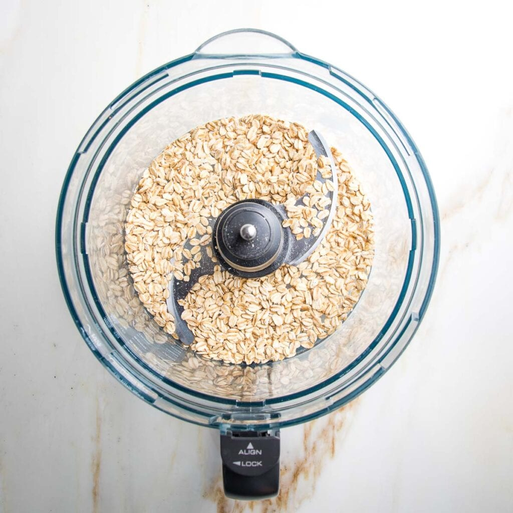 Food processor bowl with rolled oats